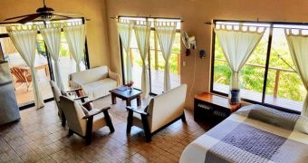 The Roca Mar Suite